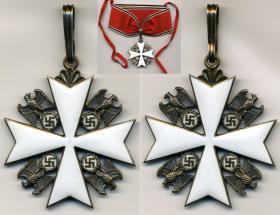 Орден немецкого Орла 3 класса без мечей. (Этот же крест, но в комплекте с нагрудной звездой соответствует Ордену немецкого Орла 2-го класса) (частная коллекция)
