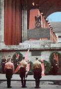 Памятник погибшим путчистам у Фельдхеррнхалле