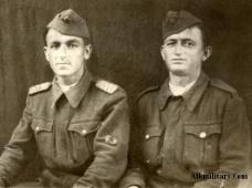 Албанцы в форме образца 1947 года