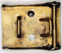 Вариант одной из ранних пряжек с нацистской символикой