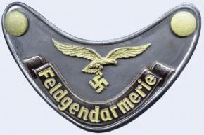 Горжет военной полиции Люфтваффе (Feldgendarmerie-Ringkragen)