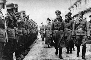 Генерал-фельдмаршал Эрвин Роммель, с повседневным фельдмаршальским жезлом