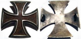 Разновидность офицерского пришивного Кульмского креста.